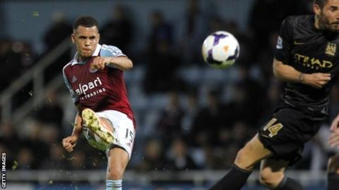 West Ham midfielder Ravel Morrison
