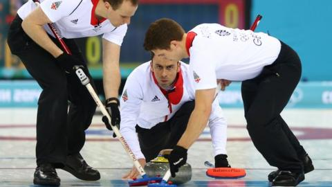 GB men into curling final