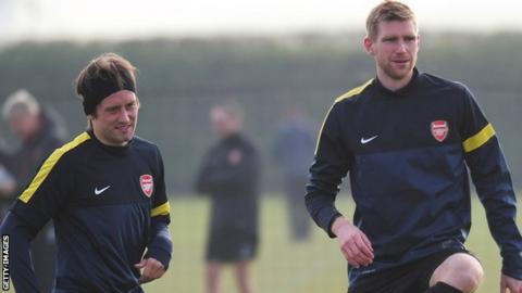 Tomas Rosicky (left) and Per Mertesacker