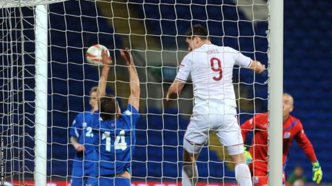 Sam Vokes heads Wales into a 2-1 lead in their friendly against Iceland