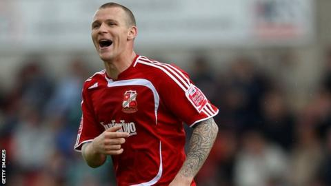 New Derry City signing Jon-Paul McGovern