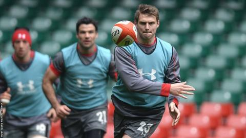 Fly-half Dan Biggar fires out a pass as Wales finalise preparations to face Scotland in the Six Nations on Saturday