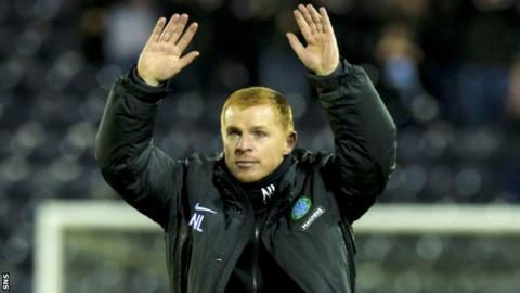 Neil Lennon thanks the Celtic fans after the 3-0 win over Kilmarnock.