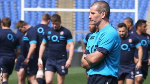 Stuart Lancaster at England training