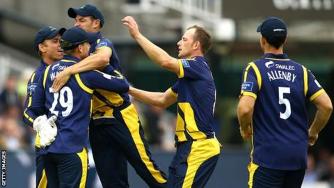 Glamorgan celebrate a wicket
