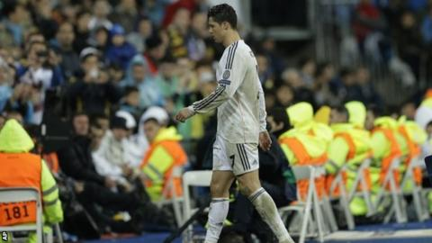 Cristiano Ronaldo knee problem is not serious, says Carlo Ancelotti