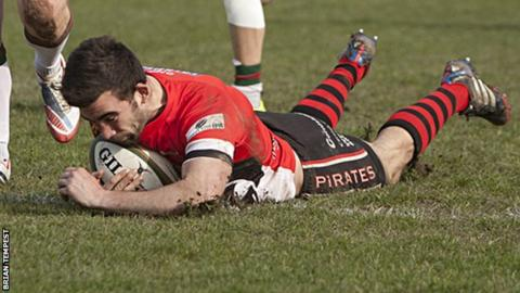 Tom Riley scores against Plymouth Albion