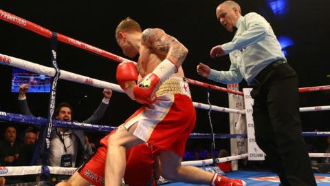 Frampton moves in to ensure victory after Cazares hits the canvas