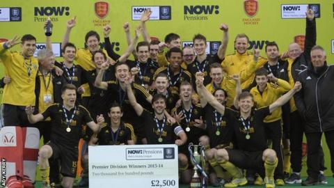 Beeston Bees celebrate 2014 title
