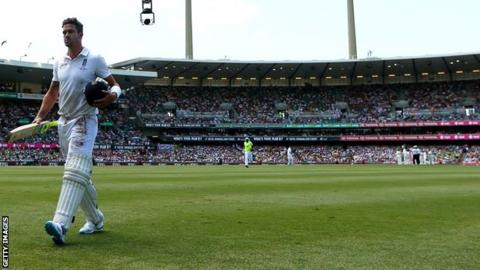 England's Kevin Pietersen trudges off during the Ashes in Australia
