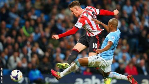 Connor Wickham scores for Sunderland. Manchester City ... 78f7cb03d0bd9