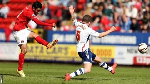 Charlton Athletic's Reza Ghoochannejhad has a shot