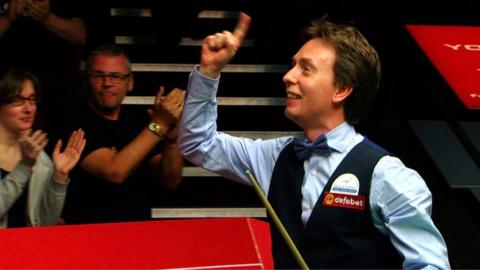 World Snooker Championship: Ken Doherty rolls back the years