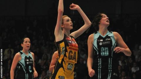 Helen Housby in action for Manchester Thunder