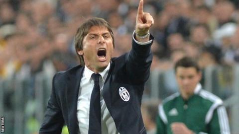 Juventus coach Antonio Conte criticises Mark Clattenburg