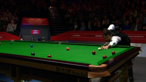 Defending champion Ronnie O'Sullivan thrashes Barry Hawkins 17-7 with a session to spare to reach the World Championship final.
