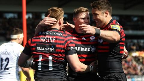 Chris Ashton and David Strettle celebrate Saracens' opening try