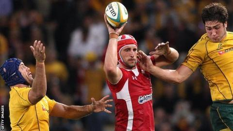 Luke Charteris wins this line-out against Australia