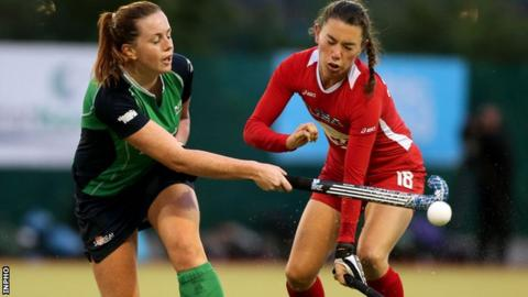 Emma Smyth in action against the USA in 2012