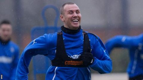 Kenny Miller trains with Rangers