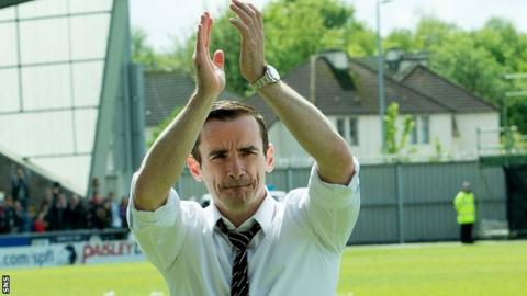 St Mirren manager Danny Lennon