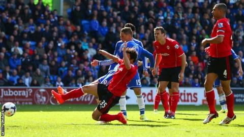Fernando Torres fires in for Chelsea against Cardiff