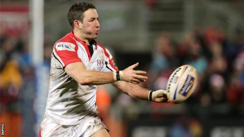 Paddy Wallace in action in his final Ulster appearance against Zebre in December