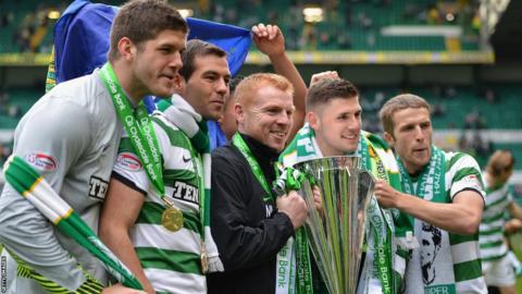 Celtic celebrate winning the Clydesdale Bank Premier League in 2012