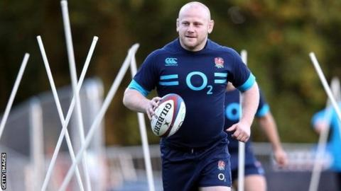 Leicester Tigers prop Dan Cole in action