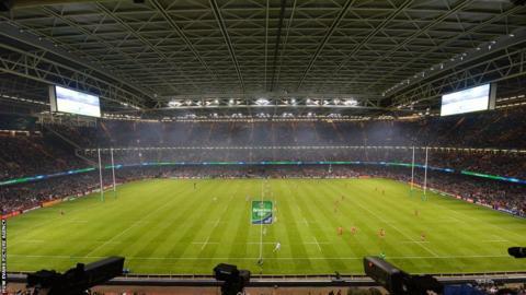 The Millennium Stadium is set for the final Heineken Cup final between Saracens and Toulon.