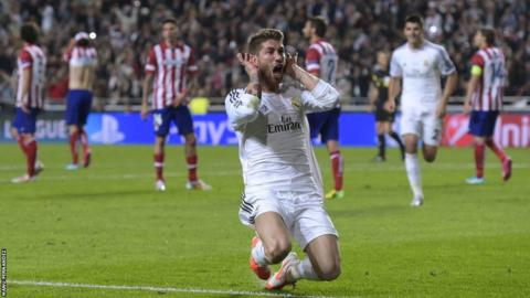 Sergio Ramos celebrates after equalising for Real Madrid and making the score 1-1 forcing the game into extra-time