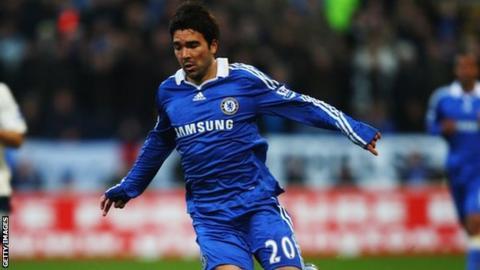 Former Chelsea midfielder Deco