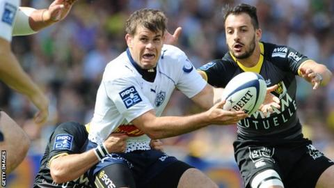 Louis Ludik [centre] in action for French side Agen earlier this month