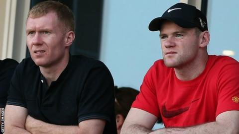 Paul Scholes and Wayne Rooney
