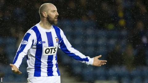 Kilmarnock striker Kris Boyd considers Aberdeen move