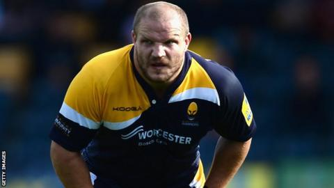 Euan Murray playing for Worcester Warriors