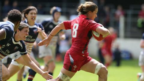 Wales Womens number eight Sioned Harries breaks through the USA Eagles defence to score in their 10-7 World Cup warm-up defeat at Cross Keys