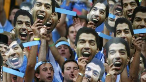Fans show support for Luis Suarez