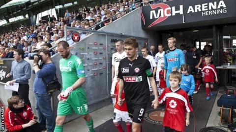 FC Midtjylland face FC Copenhagen at the MCH Arena