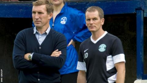 Alan Stubbs and John Doolan (right) look on as Hibs play Vale of Leithen on Saturday