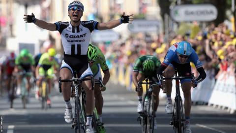 Marcel Kittel wins Tour De France stage one