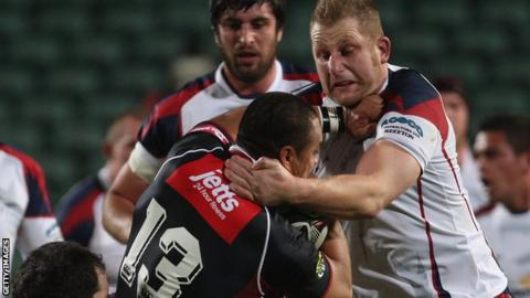 Mark Bright playing for New Zealand club Tasman Makos