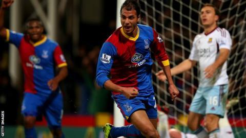 Marouane Chamakh scoring for Crystal Palace