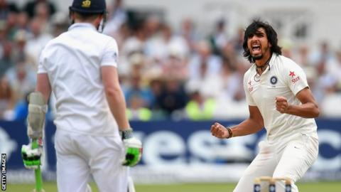 India's Ishant Sharma traps Sam Robson lbw