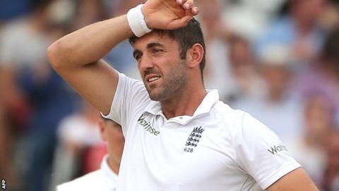 England paceman Liam Plunkett feels the strain