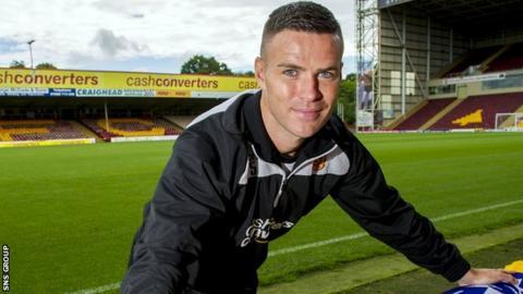 Simon Ramsden returns from a long-term knee injury on Thursday