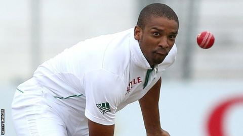 South African bowler Vernon Philander