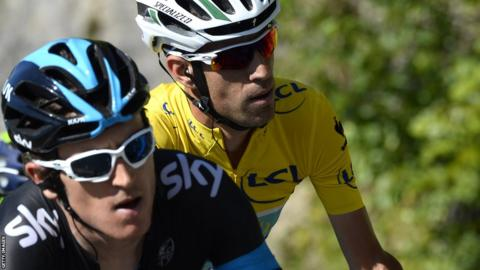 Geraint Thomas (left) riding ahead of Italy's Vincenzo Nibali, wearing the overall leader's yellow jersey, during stage 11 of the Tour de France