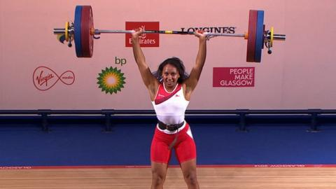 Glasgow 2014: Zoe Smith wins 58kg weightlifting gold