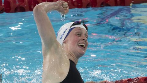 Hannah Miley won Scotland's first gold in the pool, defending her 400m individual medley title.